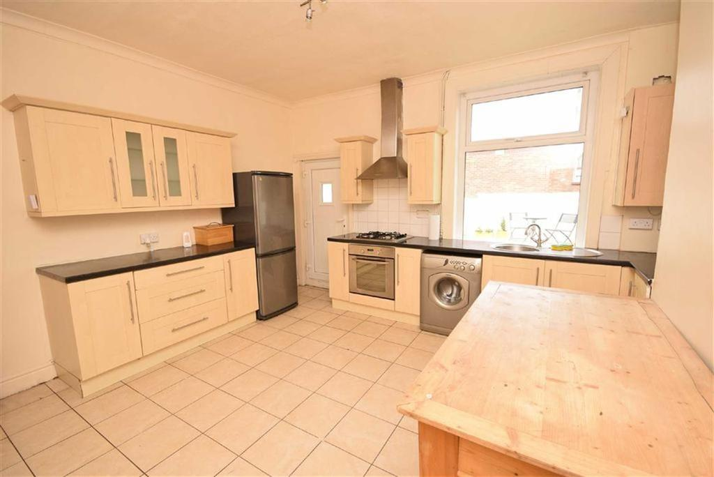 2 Bedrooms Terraced House for sale in Varley Street, Colne, Lancashire