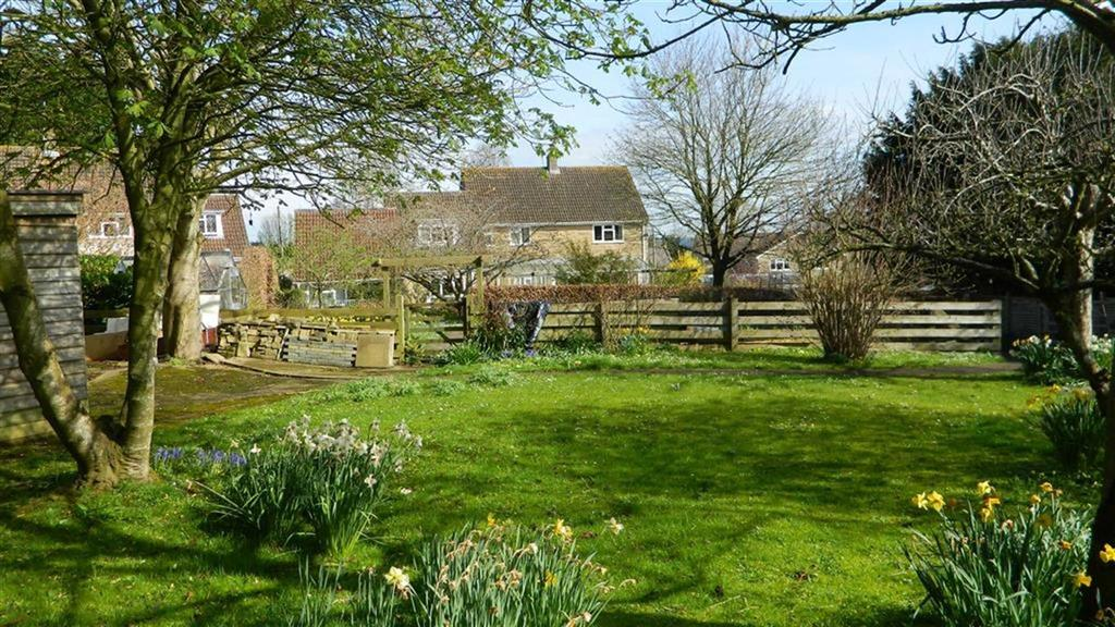 5 Bedrooms Detached House for sale in Church Lane, Haselbury Plucknett, Somerset, TA18