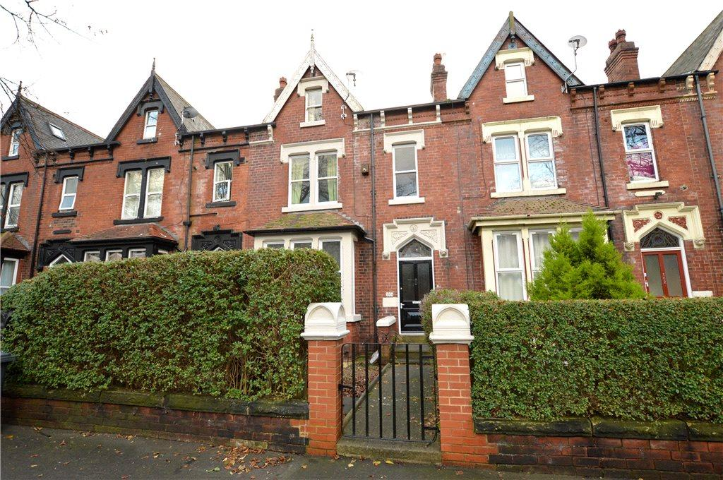 5 Bedrooms Terraced House for sale in Harehills Avenue, Leeds