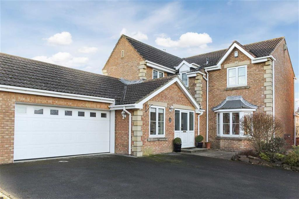 4 Bedrooms Detached House for sale in Hawthorn Drive, Barnard Castle, County Durham