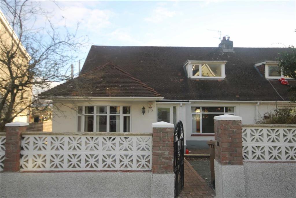 4 Bedrooms Semi Detached Bungalow for sale in Hillside Park, Bargoed, CF81