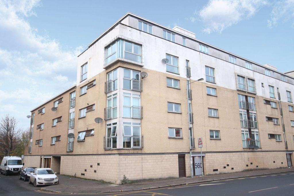 2 Bedrooms Flat for sale in 3/2 560 Pollokshaws Road, Pollokshields, Glasgow, G41 2PF