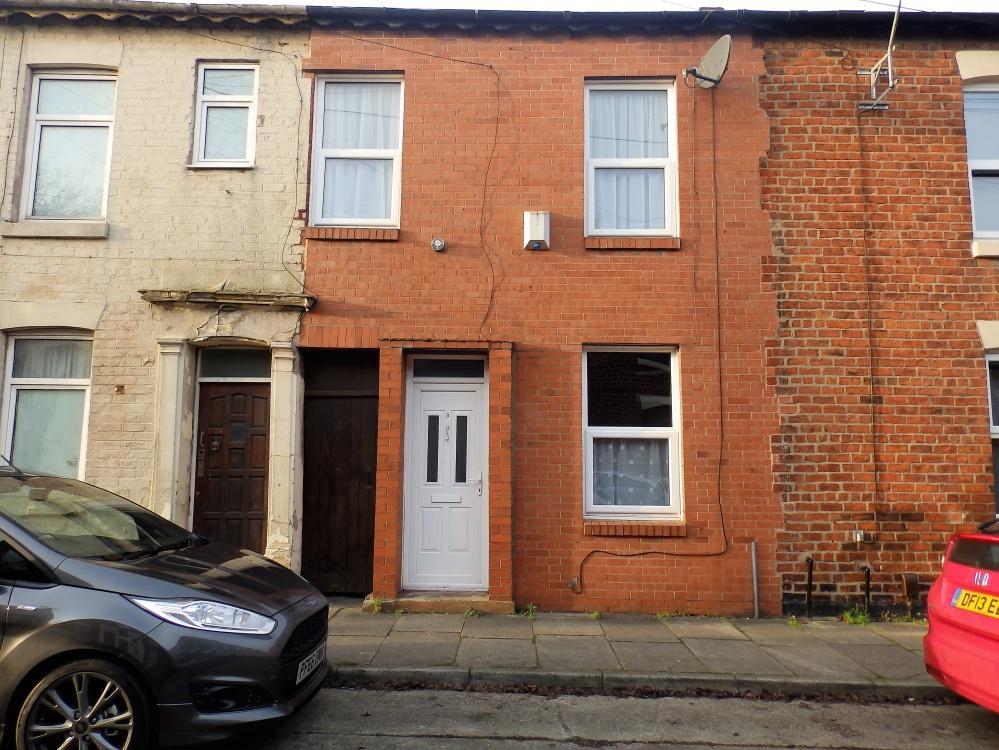 3 Bedrooms Terraced House for sale in Henderson Street, Preston, PR1