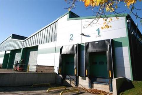 Industrial unit to rent - Macadam Way & Stephenson Close Depots, Portway Business Park, Andover, Hampshire, SP10