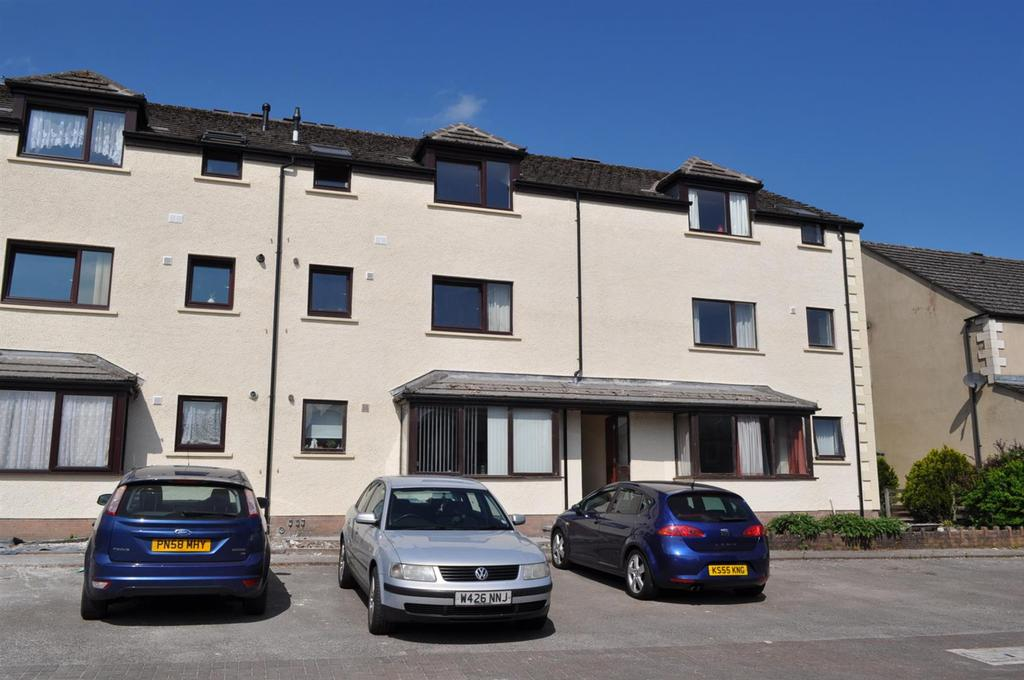 2 Bedrooms Flat for sale in Norfolk Place, Penrith