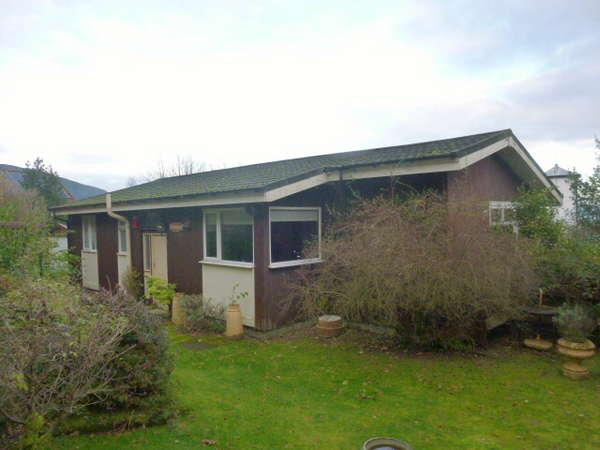 3 Bedrooms Detached Bungalow for sale in Tigh-Uilleam, 16 Victoria Road, Hunters Quay, Dunoon, PA23 8JY
