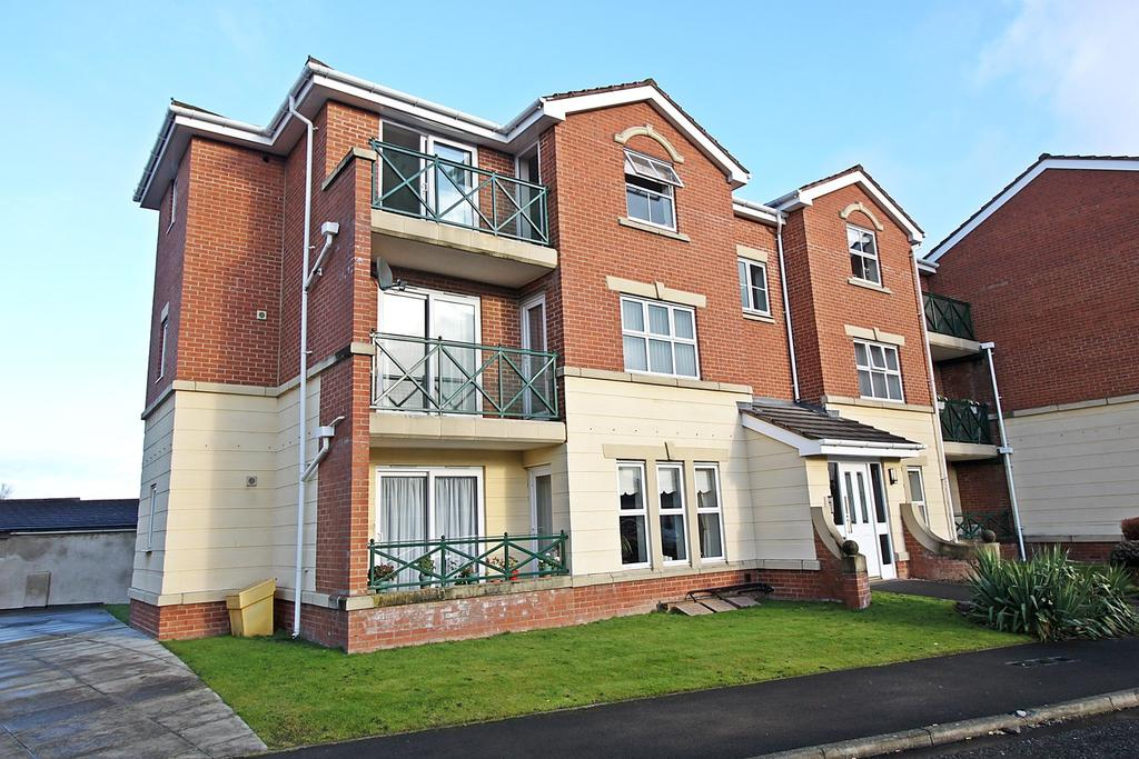 2 Bedrooms Apartment Flat for sale in The Copse, Forest Hall, Newcastle Upon Tyne