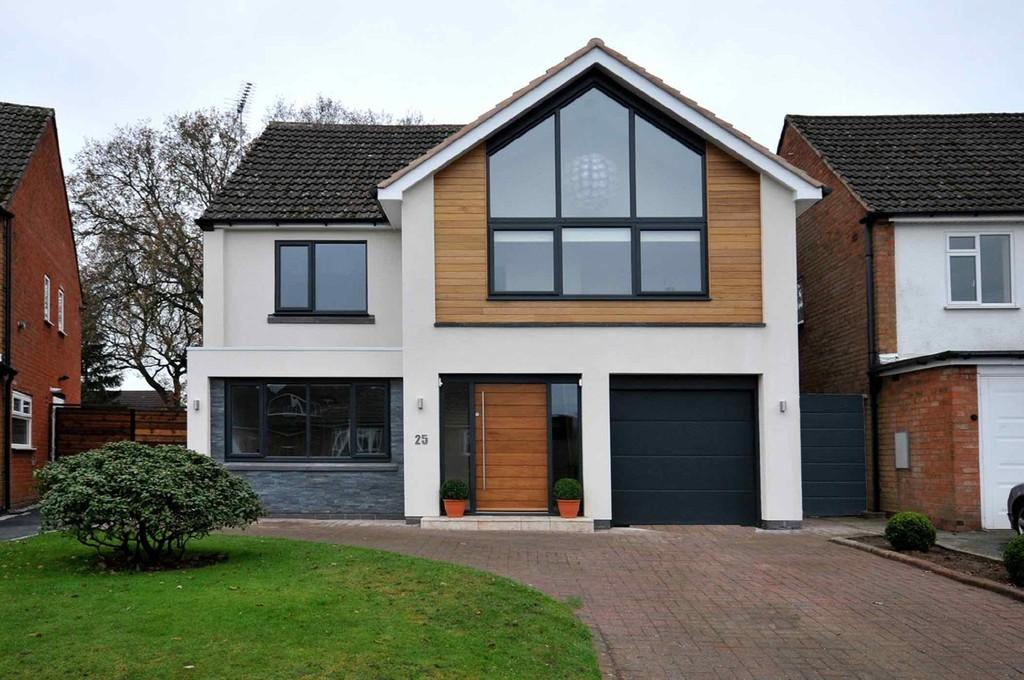 5 Bedrooms Detached House for sale in Northbrook Road, Shirley