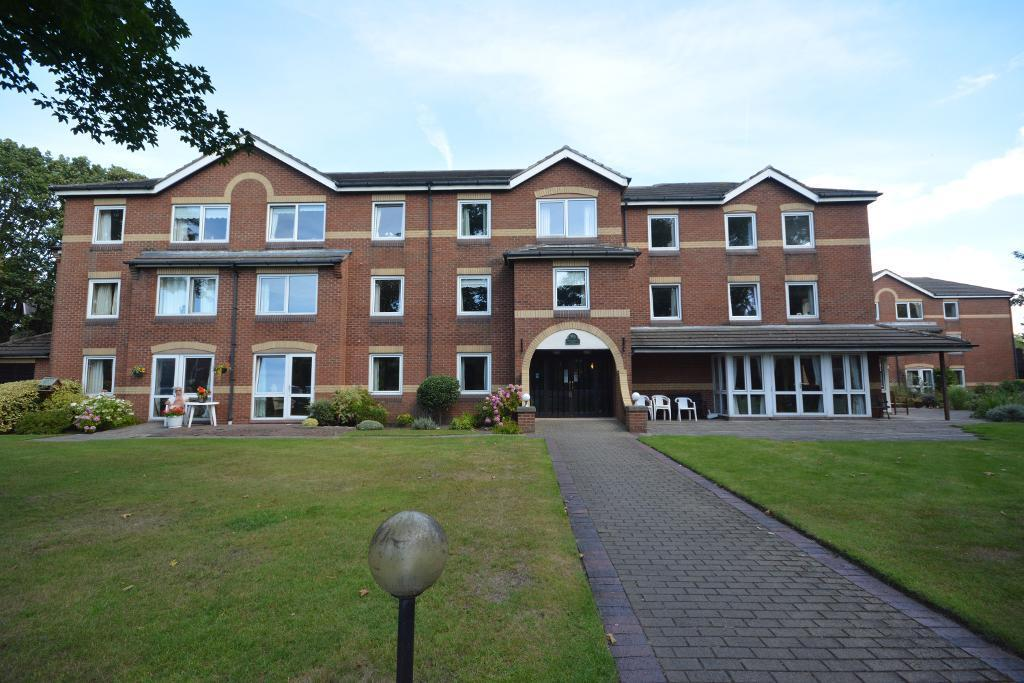 1 Bedroom Apartment Flat for sale in Chase Close, Birkdale, PR8 2DG