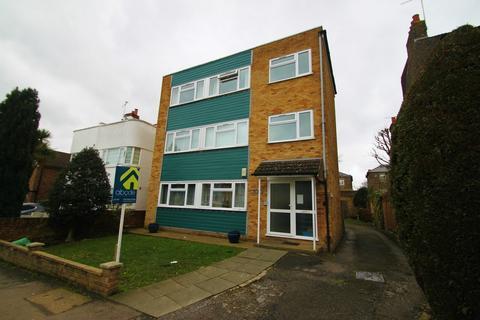 2 bedroom flat to rent - Wellington Road, London