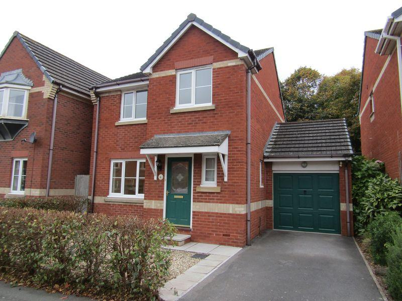 3 Bedrooms Detached House for rent in Well Oak Park, Exeter