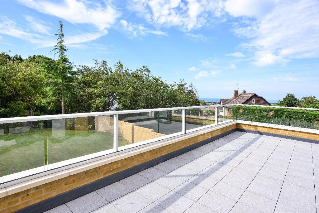6 Bedrooms Detached House for sale in Hill Brow Hove East Sussex BN3