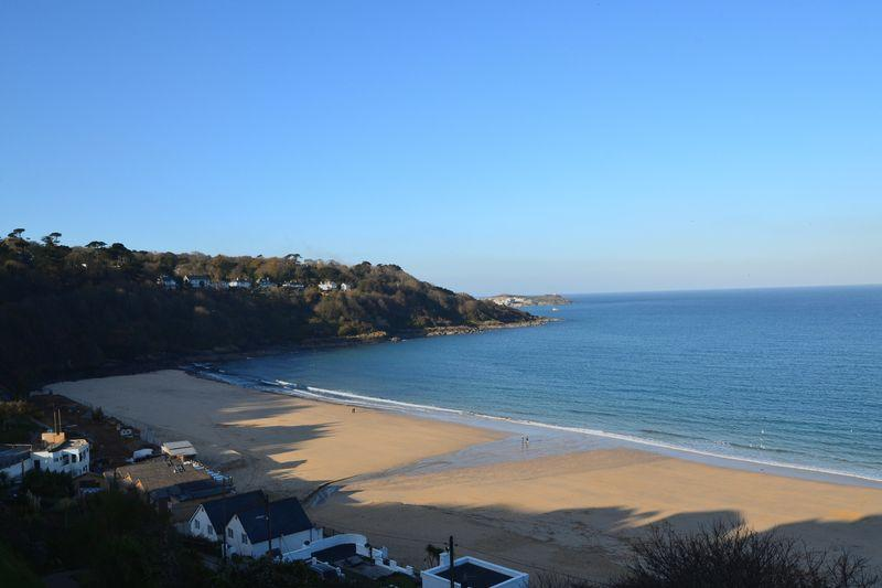 2 Bedrooms Apartment Flat for sale in Carbis Beach Apartments, Carbis Bay