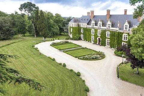 19 bedroom cottage  - St Georges Sur Loire, Loire Valley