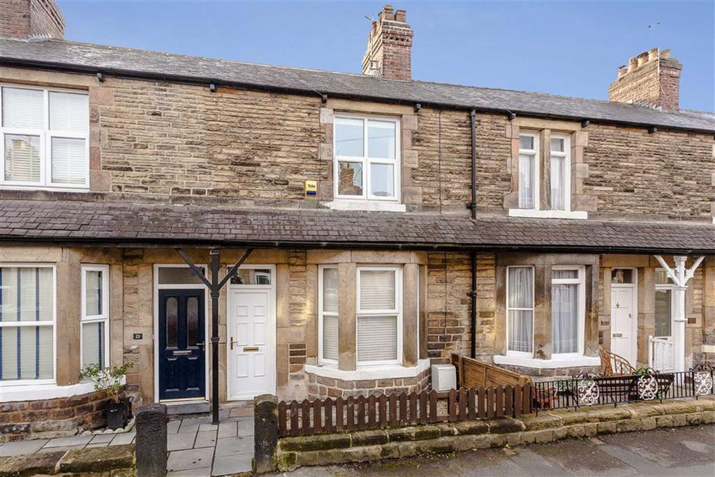 2 Bedrooms Terraced House for sale in Albert Place, Harrogate, North Yorkshire