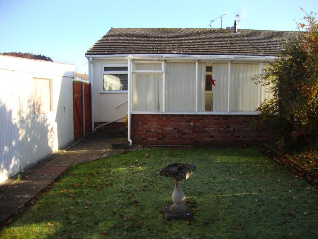 2 Bedrooms Detached House for sale in Coed Llawryf, Abergele