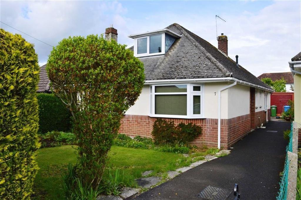 2 Bedrooms Detached Bungalow for sale in Merley Ways, Wimborne, Dorset