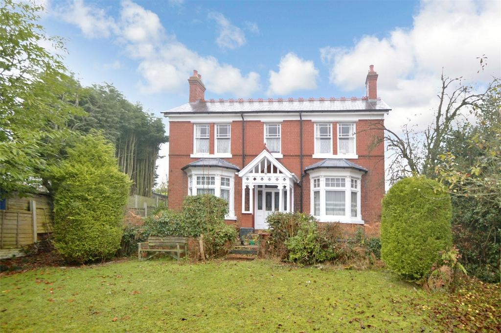 3 Bedrooms Detached House for sale in Stone Lane, Kinver, Staffordshire