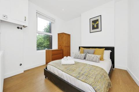 1 bedroom flat to rent - Turnpike Lane, London, N8 0PR
