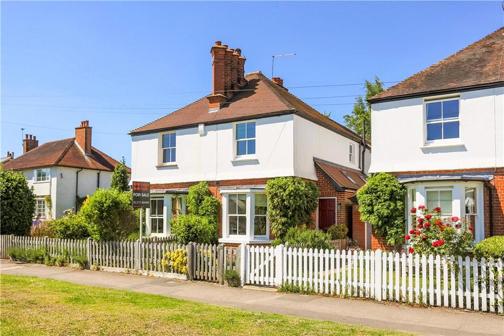 2 Bedrooms Semi Detached House for sale in Winterdown Road, Esher, Surrey, KT10