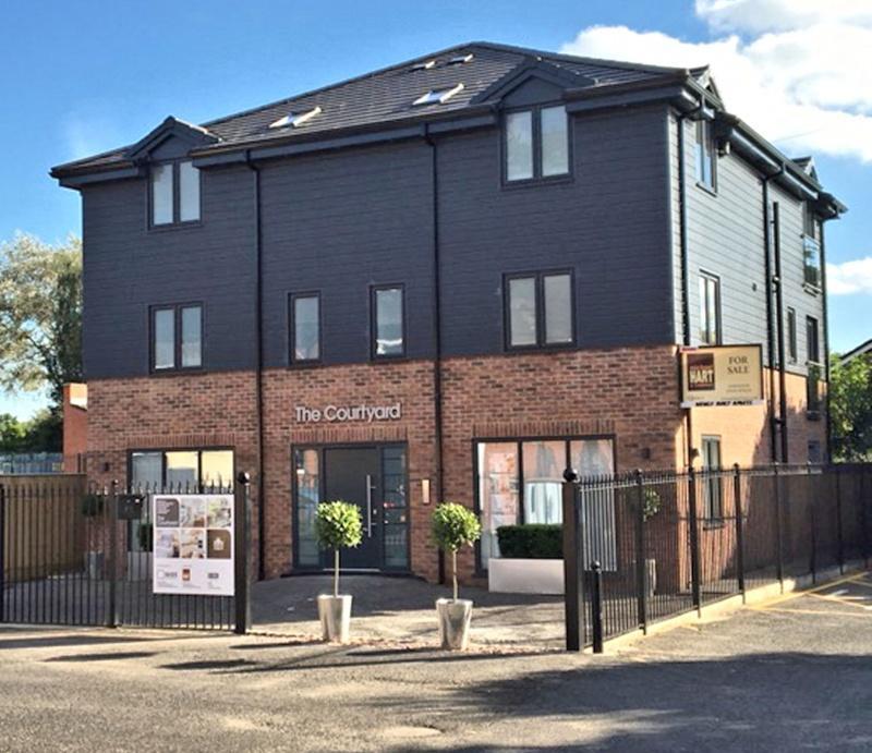 1 Bedroom Flat for sale in Park Lane, Poynton, SK12