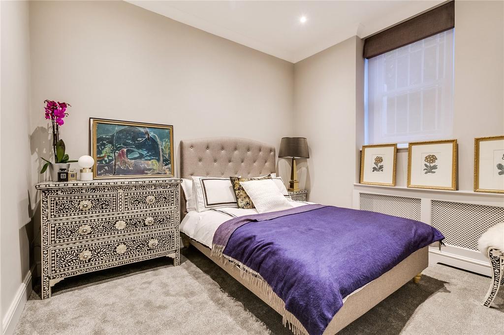 1 Bedroom Flat for sale in Embankment Gardens, Chelsea