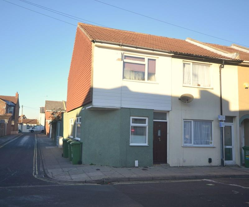 2 Bedrooms End Of Terrace House for sale in Byerley Road, Fratton, Portsmouth