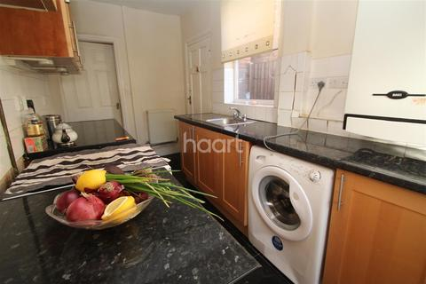 2 bedroom house to rent - Sutherland Road