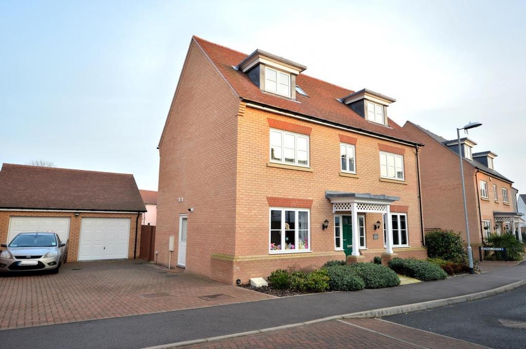 5 Bedrooms Detached House for sale in Rennie Walk, Heybridge, Maldon, Essex, CM9