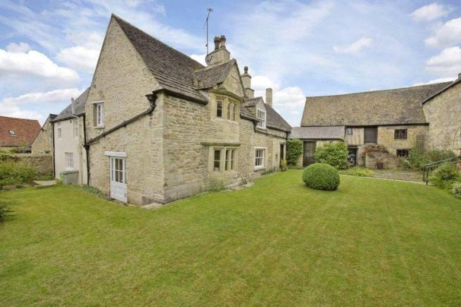 4 Bedrooms Unique Property for sale in Manor Farm House, 33 High Street, Ketton, Stamford, PE9