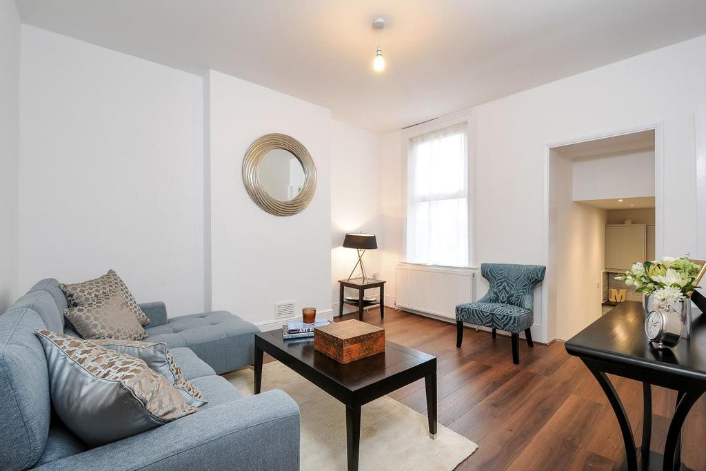 3 Bedrooms Flat for sale in Brownlow Road, Bounds Green, N11