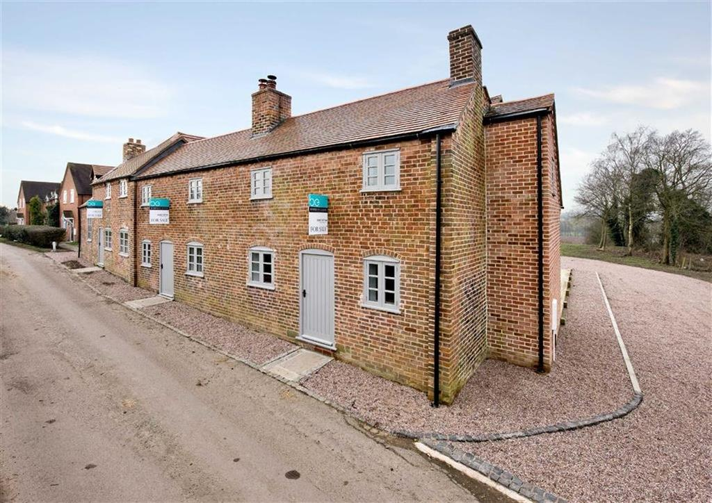 3 Bedrooms Mews House for sale in 3, The Green, Brineton, Shifnal, Shropshire, TF11