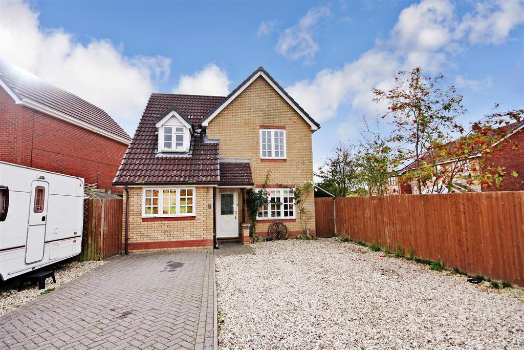 3 Bedrooms Detached House for sale in Barnfield Close, Oswestry