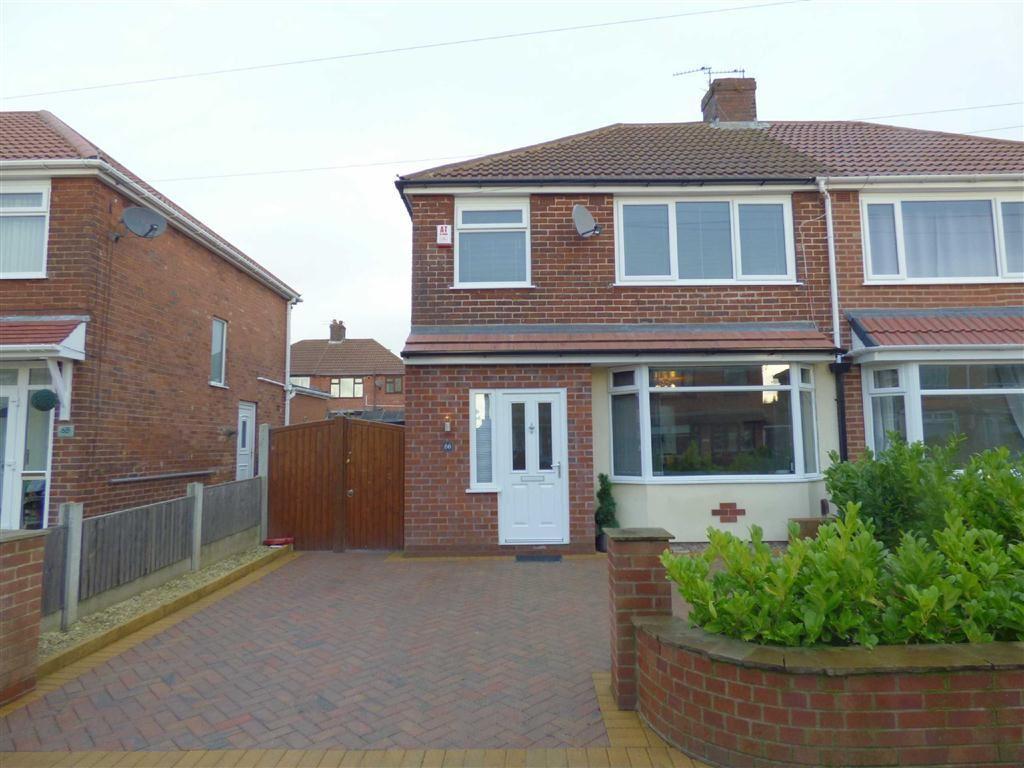 mough lane chadderton oldham ol9 3 bed semi detached house 159 950