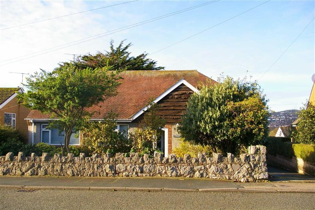 3 Bedrooms Detached Bungalow for sale in Dinerth Road, Rhos On Sea, Colwyn Bay