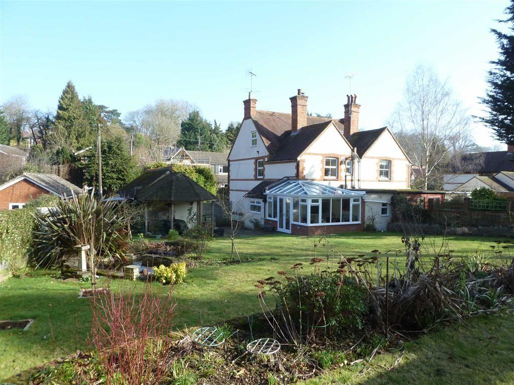 4 Bedrooms Semi Detached House for sale in Shiplake Bottom, Peppard Common, Henley-On-Thames