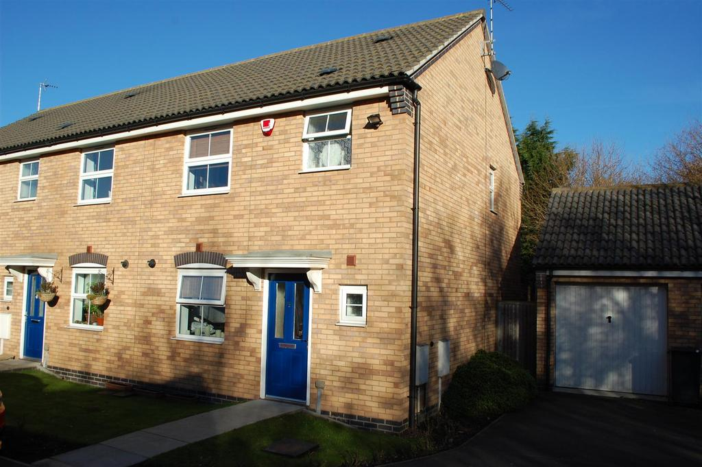 3 Bedrooms Town House for sale in Percival Way, Groby, Leicester