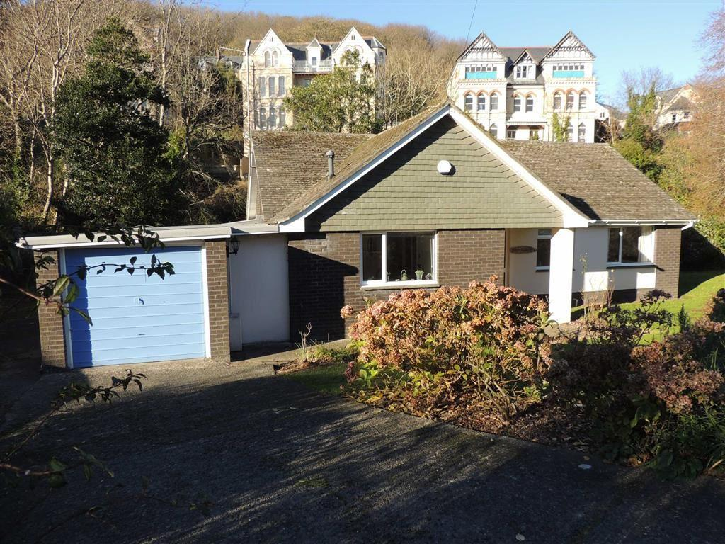 3 Bedrooms Bungalow for sale in Brookdale Avenue, Brookdale Avenue, Ilfracombe, Devon, EX34
