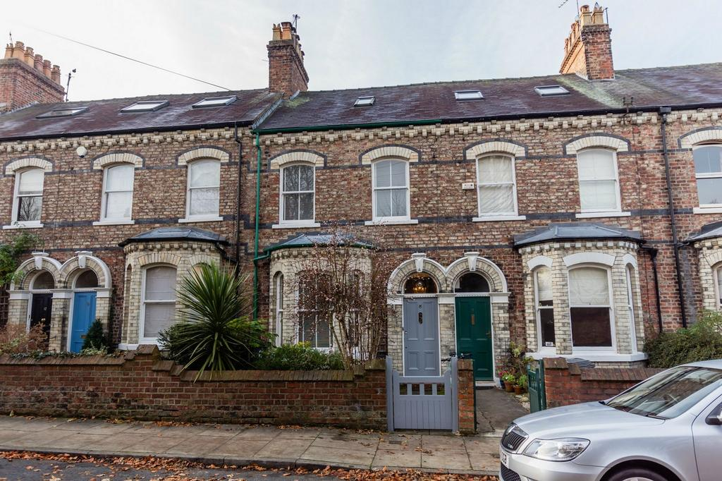 4 Bedrooms Terraced House for sale in Belle Vue Terrace, York