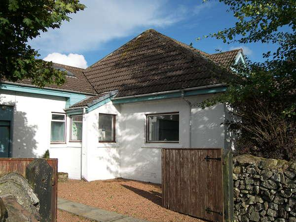 4 Bedrooms Bungalow for sale in The Knap, Roberton, Biggar, ML12 6RS