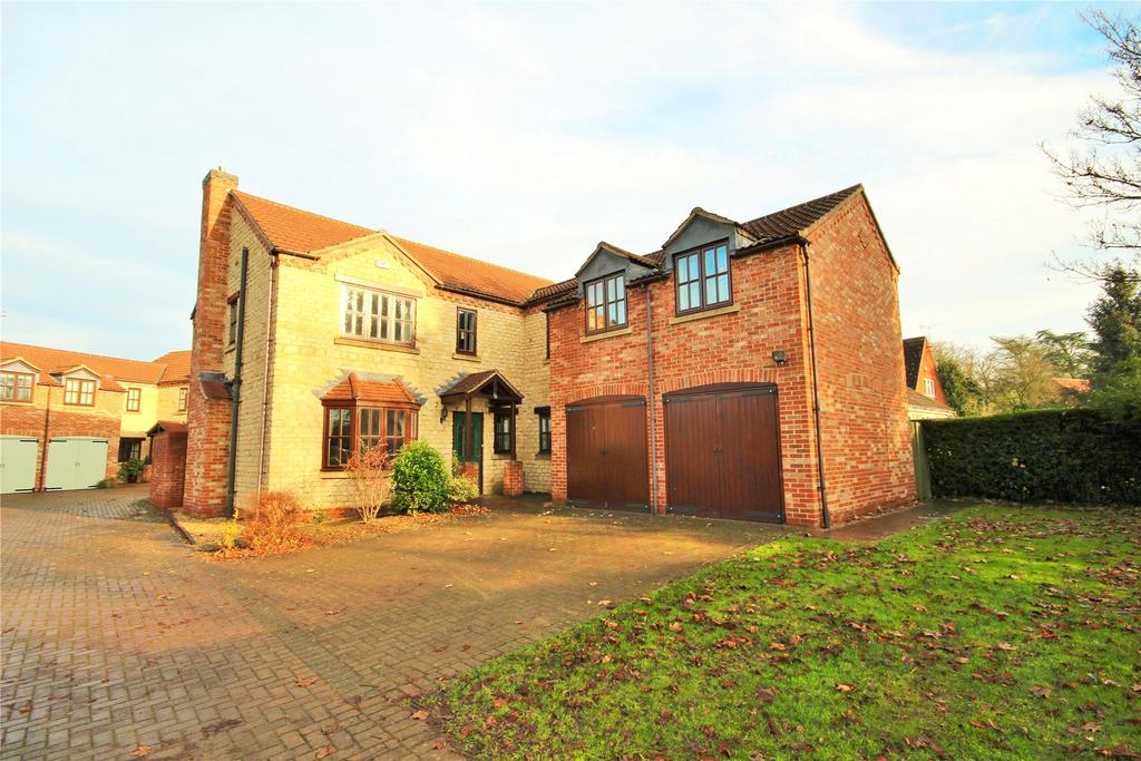 5 Bedrooms Detached House for sale in Station Road, Waddington, LN5
