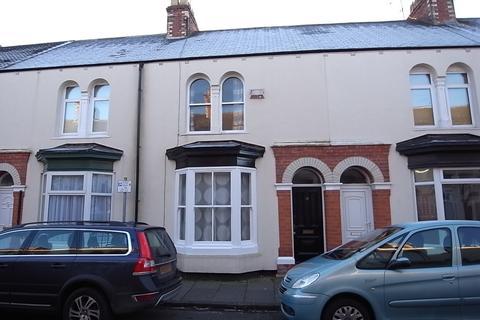 3 bedroom terraced house to rent - Trinity Street, Stockton-On-Tees, TS18