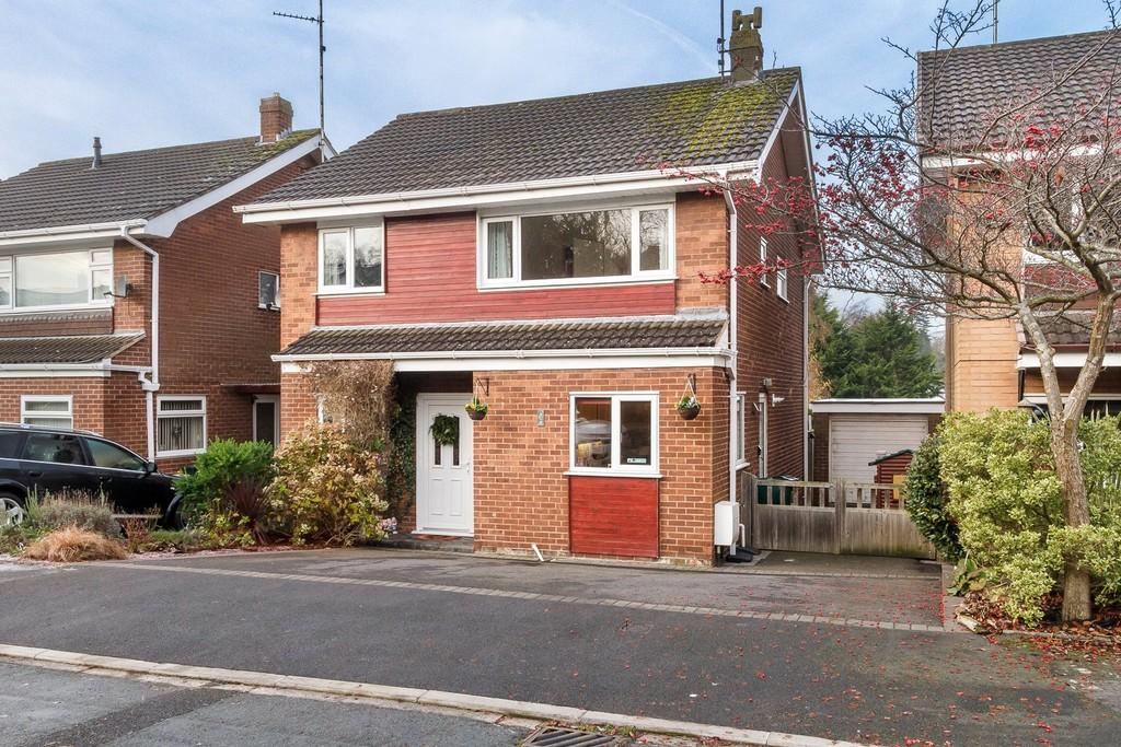 4 Bedrooms Detached House for sale in 17 Orchard Way, Kelsall, CW6 0NY