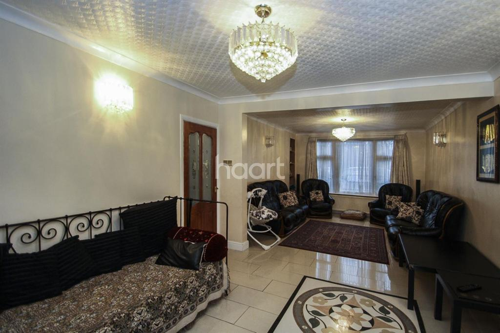 6 Bedrooms Semi Detached House for sale in Perivale