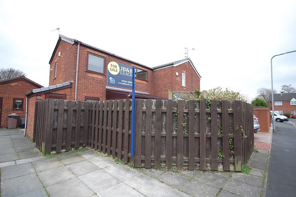 2 Bedrooms Semi Detached House for sale in Abberley Close, St Helens Central, St. Helens