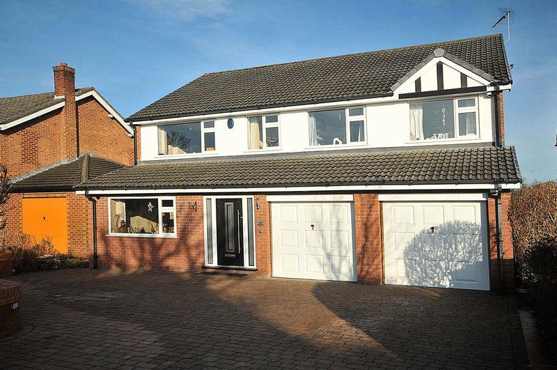 6 Bedrooms Detached House for sale in Abbey Lane, Hartford