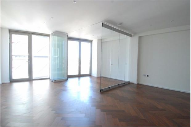 1 Bedroom Apartment Flat for sale in Embassy Gardens, Nine Elms, SW8