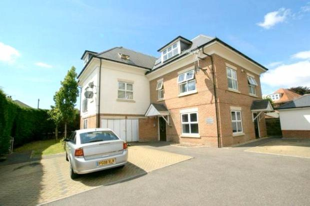 2 Bedrooms Apartment Flat for sale in Richmond Park Road, Bournemouth, BH8