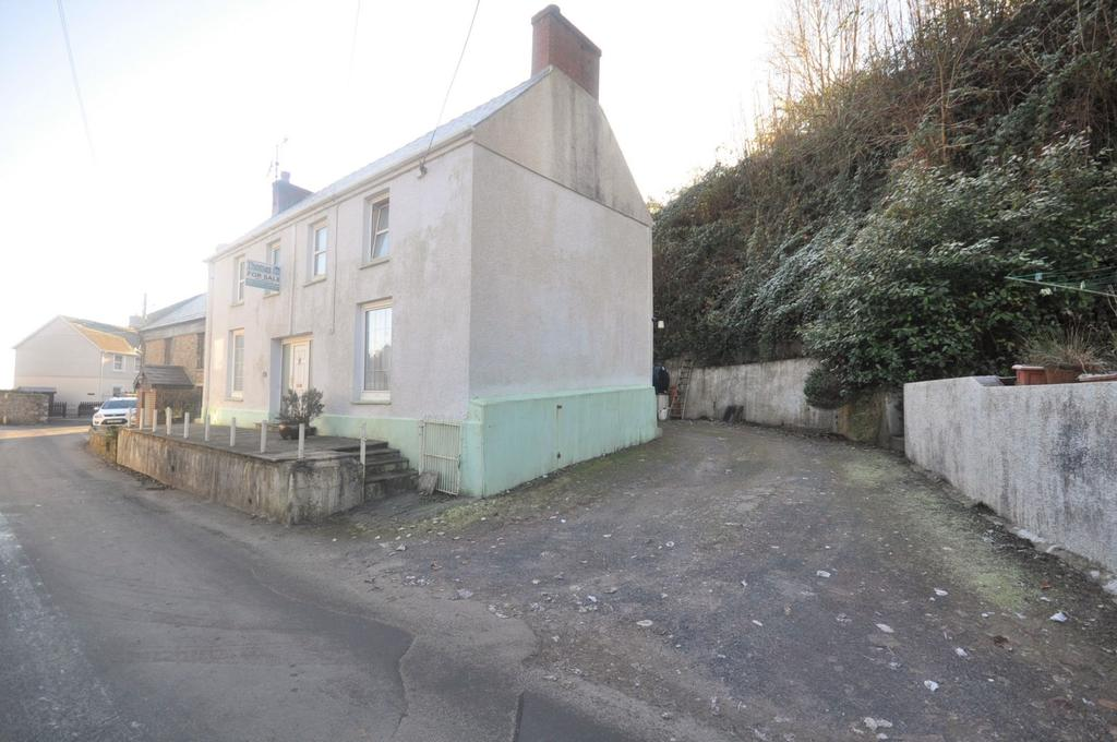 3 Bedrooms Detached House for sale in 11 Water Street, Laugharne SA33 4SR