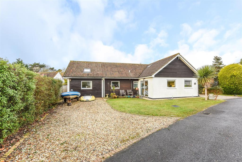 5 Bedrooms Detached House for sale in The Spinney, Itchenor, Chichester
